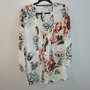 Melissa McCarthy blouse